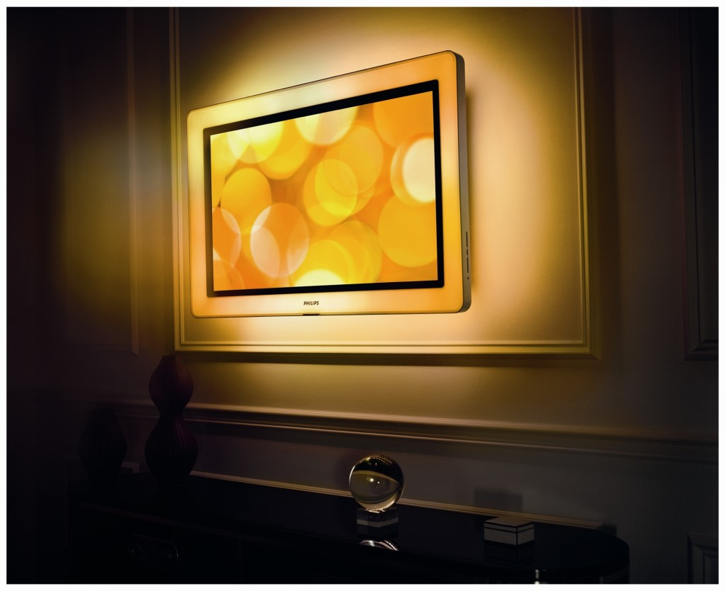 woodrow 39 s place aurea flachbild tv mit leuchtendem rahmen. Black Bedroom Furniture Sets. Home Design Ideas